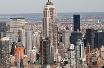 Aerial view of Manhattan centered on Empire State Building